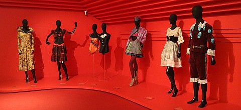 mannequins-638942_960_720