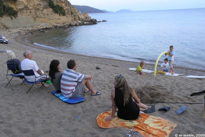 Abends am Strand beim Kinderkonzert, Camping Anemomilos, Messenien, Griechenland