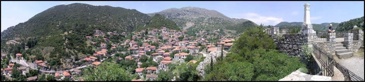 Blick nach Demitsana, Arkadien, Griechenland