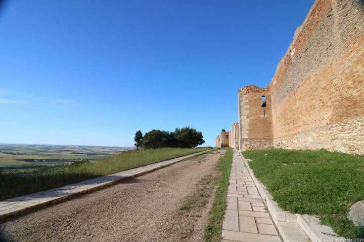 Außenmauern des Castello di Lucera