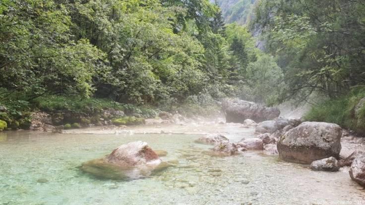 Fluss Soca im Soca Tal, Slowenien