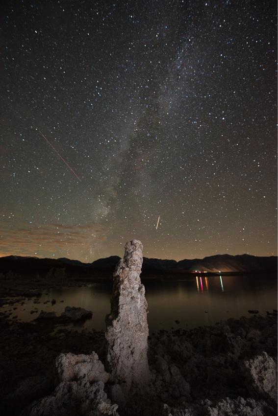 Milkyway over Mono Lake
