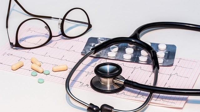 医師の診断と治療