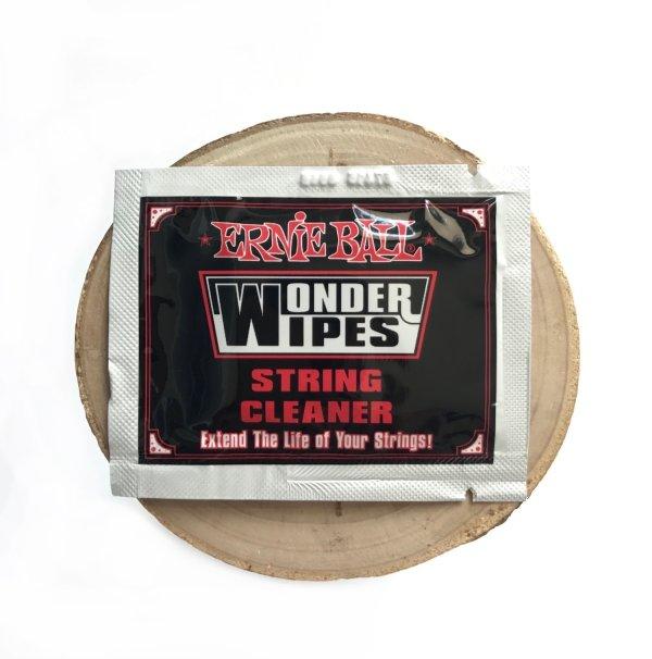 Ściereczki do czyszczenia strun EB String Cleaner