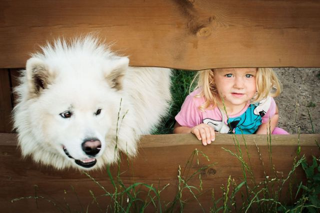 kids-with-dogs-101_700.jpg