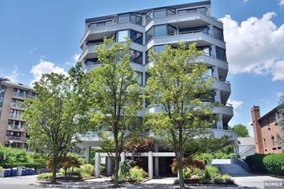 Fort Lee Nj 07024 2500 Hudson Terrace 3s Photo 1