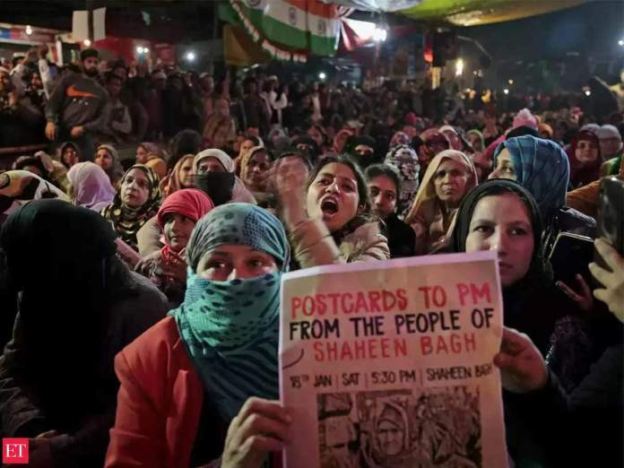 Dissent in times of COVID-19: NCPCR seeks report on Shaheen Bagh protest -  The Economic Times