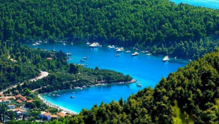 Σκόπελος: Νησί παραμυθένιο «βουτηγμένο» στο πράσινο και τα καταγάλανα νερά  (Βίντεο) | eirinika.gr