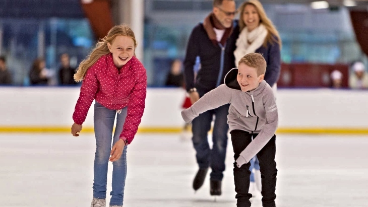 The Best Places To Go Ice Skating In Sydney Ellaslist