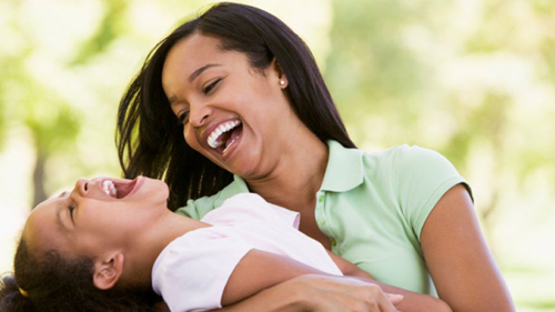 Mom-and-daughter-laughing-isto-2859-3502