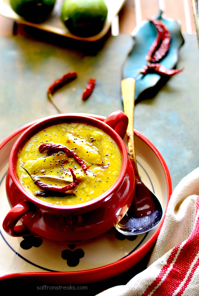 Bengali Aam Dal / Green Mango Dal - A Hot Summer Favourite