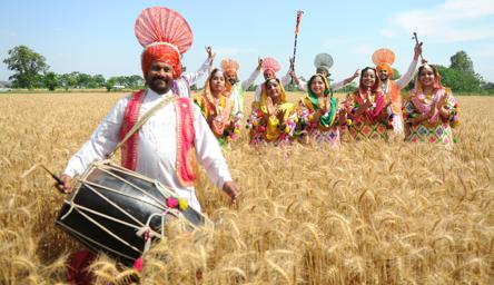 Baisakhi 2019 Whatsapp Messages And Wishes To Send To Your Loved Ones This Year Art And Culture Hindustan Times
