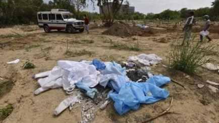 Photos: Covid-19 aggravates India's biomedical waste crisis - india-news -  photos - Hindustan Times