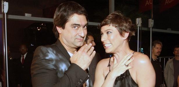 Ex-VJs, Zeca Camargo e Maria Paula se divertem na festa de 20 anos da MTV (20/10/2010)
