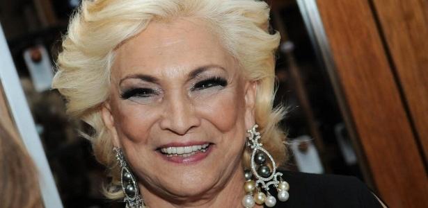 https://i2.wp.com/m.i.uol.com.br/celebridades/2011/05/25/hebe-camargo-vai-a-evento-de-moda-em-sao-paulo-1942011-1306330616884_615x300.jpg