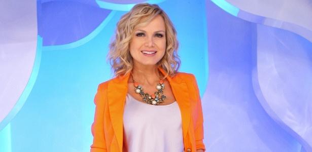 https://i2.wp.com/m.i.uol.com.br/celebridades/2011/10/06/eliana-posa-no-palco-de-seu-programa-no-sbt-setembro2011-1317925526631_615x300.jpg