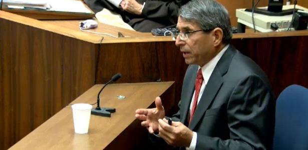 Especialista em Propofol Paul White depõe em julgamento de Conrad Murray (27/10/2011)
