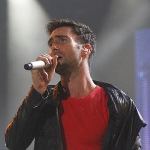 Vocalista do Maroon 5, Adam Levine se apresenta com a banda no Rock In Rio (1/10/11)