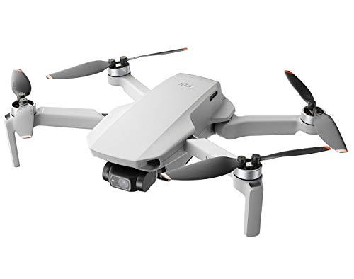 DJI Mini 2 - Ultraleggero e Pieghevole Drone Quadcopter, 3 Assi Gimbal con Camera 4K, Foto 12 MP, 31 Minuti di Volo, OcuSync 2.0 HD Trasmissione Video, Mavic Mini, QuickShots con DJI Fly App