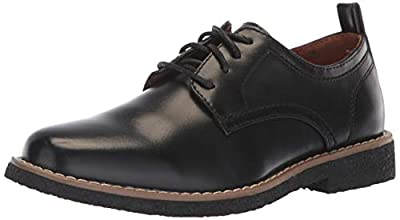 Be the ruler of your look with a gentleman feel in the Deer Stags® Kids Zander. Faux-leather upper features a classic look to go with your favorite pair of pants. Lace-up closure. Round-toe design. Stitch detail. Synthetic lining. Lightly padded foot...