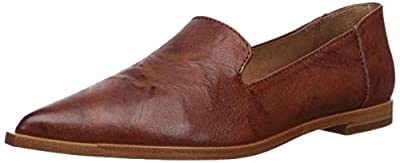 Pointed-toe slip-on flats. Vintage leather upper. Easy slip-on style. Soft leather lining for a comfortable fit. Lightly cushioned leather footbed. Flexible leather outsole with rubber insert in forefoot and heel.