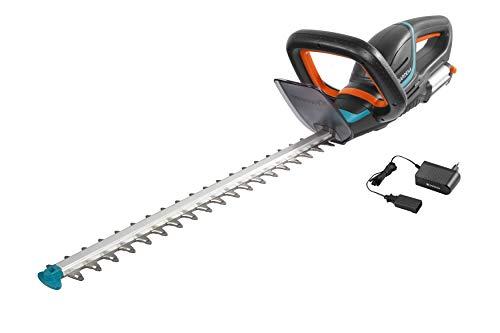Gardena Set Akku-Heckenschere Set ComfortCut Li-18/50: Heckenschneider mit ergonomischem Griff und Anschlagschutz, geringes Gewicht für bessere Handhabung, inkl.18 V Li-Ion Akku & Ladegerät (9837-20)