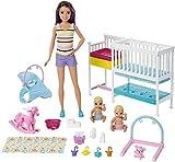 Barbie Famille coffret Chambre des jumeaux, poupée Skipper baby-sitter aux...