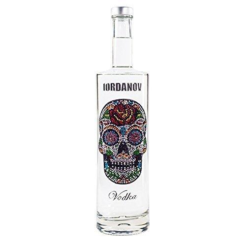 Wodka Geschenkset Flower Skull Luxus Vodka Iordanov (0.7 l) in Geschenkhülse mit Karte