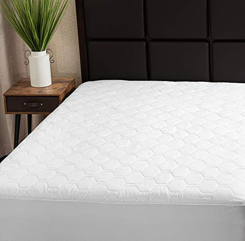 The Grand Full Mattress Pad Cover Fitted | Deep Pockets Mattress Protection | Hypoallergenic & Breathable | Full Size (54x75 Stretches to 16 Inches)