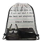 XCNGG Cita de Hemingway mecanografiada. Mochila Deportiva Plegable Impermeable Saco de Gimnasio Mochila con cordón