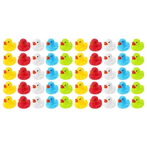 WELLGRO 50 Badeenten - bunt (gelb, rot, weiß, blau, grün), je Ente ca. 3,5 x 3 cm (ØxH), Gummiente, im Netz