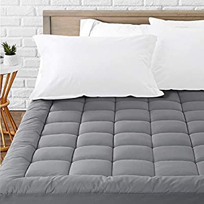 Maximum Softness and Comfort£ºCushy, quilted platform with 32 oz fill, incredible soft and comfortable, giving you cozy feel and most relaxing sleep. Enjoy the luxury hotel treatment even at home. Breathable£ºCloud-like surface, made of 300TC 100% co...