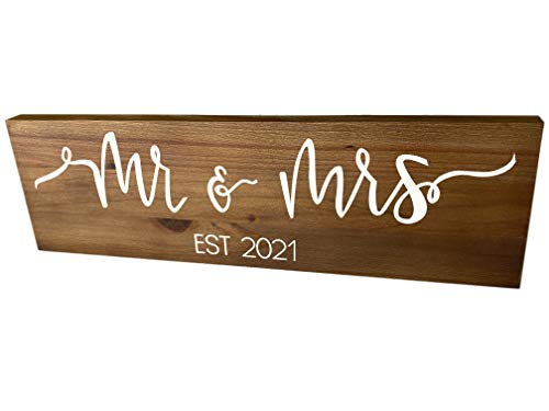 Mr and Mrs Sign - BROWN (Wedding Gift Box Included), 2021...