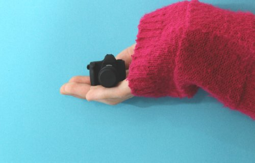 カメラ型USBメモリー(キャノンふう)8GB