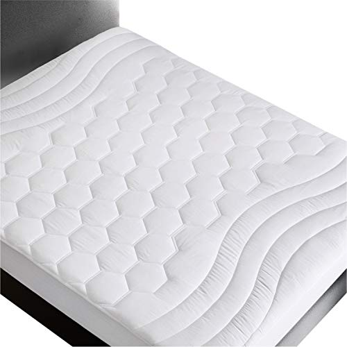 Bedsure Mattress Pad Twin XL /Twin Extra Long Size (39x80 inches)- Quilted Mattress Pad Protector for College Dorm/Hospital Deep Pocket(up to 18'' deep), Fitted Mattress Cover-White