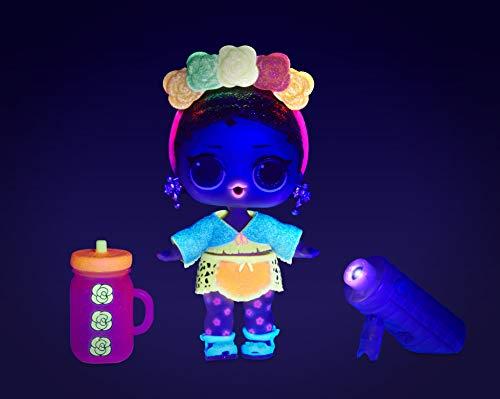 Image 13 - L.O.L. Surprise- Light Glitter Boule 8 Dont 1 poupée pailletée 8cm, phosphorescente, Lampe lumière Noir, Modèles aléatoires à Collectionner, Piles incluses, Jouet pour Enfants dès 3 Ans, LLUB4