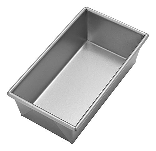 Chicago Metallic Uncoated 1-Pound Loaf Pan
