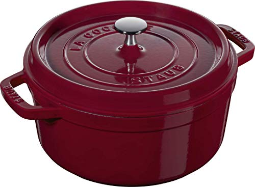 Staub 40502-294-0 Cocotte Rotonda in Ghisa con Coperchio, 24 cm, 2,8 l, Smaltatura Nera Opaca, 3,8 litri, Rosso Bordeaux