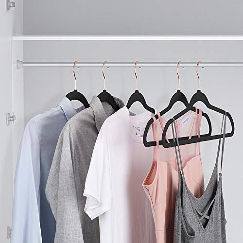 HOUSE DAY Velvet Hangers Rose Gold Non-Slip Velvet Hangers 50 Pack Heavy Duty Velvet Suit Hangers Velvet Space Saving Non Slip Clothes Hangers Grey