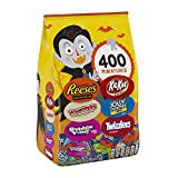HERSHEY'S Bulk Halloween Candy Variety Mix (REESE'S, KIT KAT, WHOPPERS, BUBBLE YUM, JOLLY RANCHER, TWIZZLERS), 117.5 oz (Grocery)
