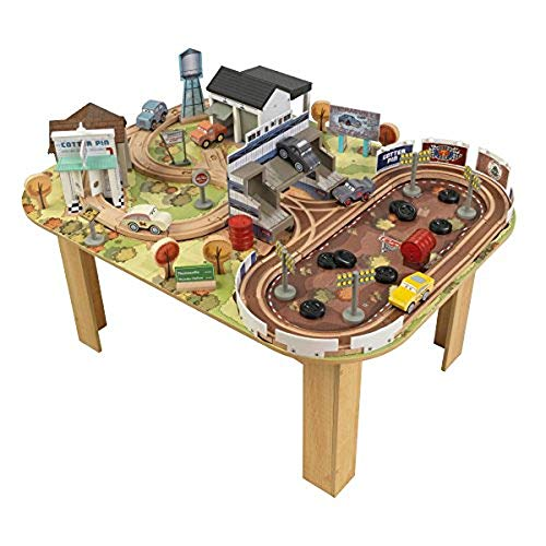 KidKraft 17209 Disney Pixar Cars 3 Set tavolo e circuito in legno Thomasville con 73 pezzi inclusi
