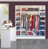 Expositor de ropa Colgador + Mesa de servicio Loja Magia Móveis