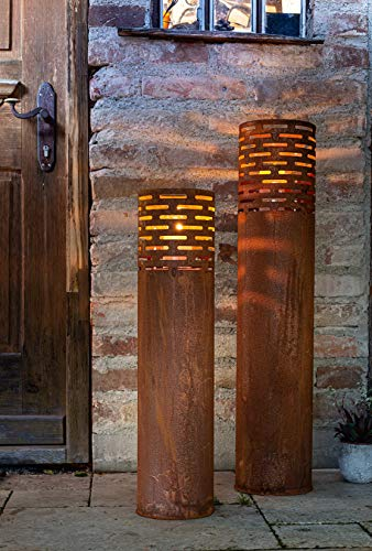 2 Windlicht-Säulen aus Metall im Rost Design, 75 + 95 cm hoch, Garten-Laterne, Kerzenständer, Kerzenhalter