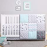The Peanutshell Giraffe Crib Bedding Set for a Boy, Girl and Unisex Nursery - Baby Quilt, Fitted Crib Sheet, Crib Skirt Included