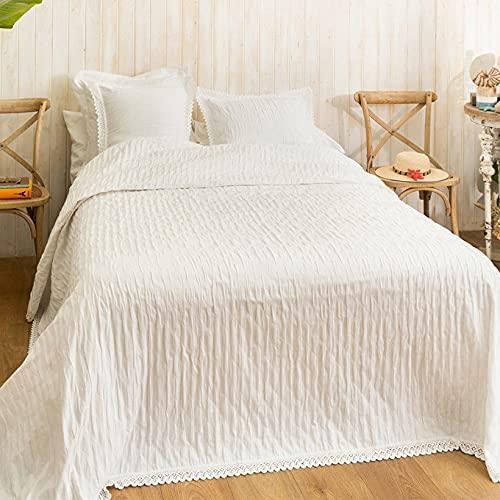 LA MALLORQUINA Piqué Bedspread - Camelia (Bed 150 or 160cm - 250x260 cm - White) |  Luxury Bedspreads and Cotton Design