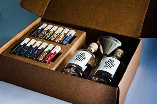 DO YOUR GIN | DIY Gin-Set – für zu Hause oder als Geschenk | Bekannt aus Sat1, Vogue, Spiegel | 12 Botanicals im Glas | Craft Gin zum Selber-Machen