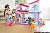 Barbie Casa Malibu, casa de muñecas de dos pisos plegable con muebles y accesorios (Mattel FXG57)
