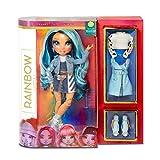 Rainbow High Poupée Mannequin - Skyler Bradshaw – Poupée thème bleu avec tenues luxueuses, accessoires et socle - Série 1 - Parfait pour les filles de 6 ans et plus