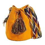 Auténticos bolsos WAYUU, hechos a mano con ayuda de pequeña maquinaria por las tribus aborígenes,...