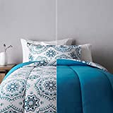 Amazon Basics Ultra-Soft Light-Weight Microfiber Reversible Comforter Bedding Set - Twin/Twin XL, Light Blue Medallion